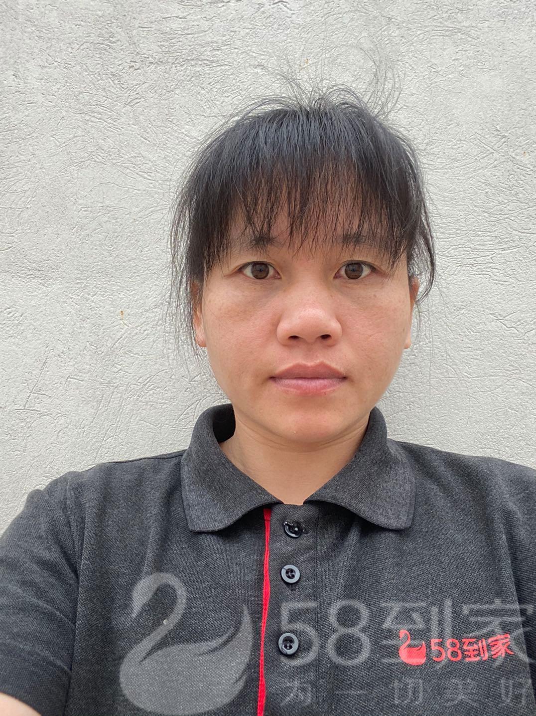 家电养护师张钰梅