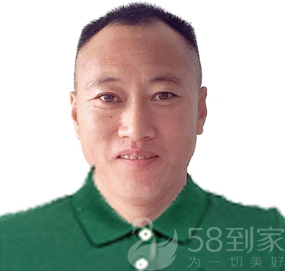 保洁师胡海超
