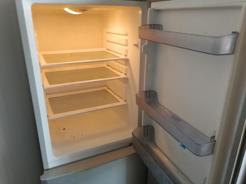 广州家政公司: 冰箱清洁的具体步骤