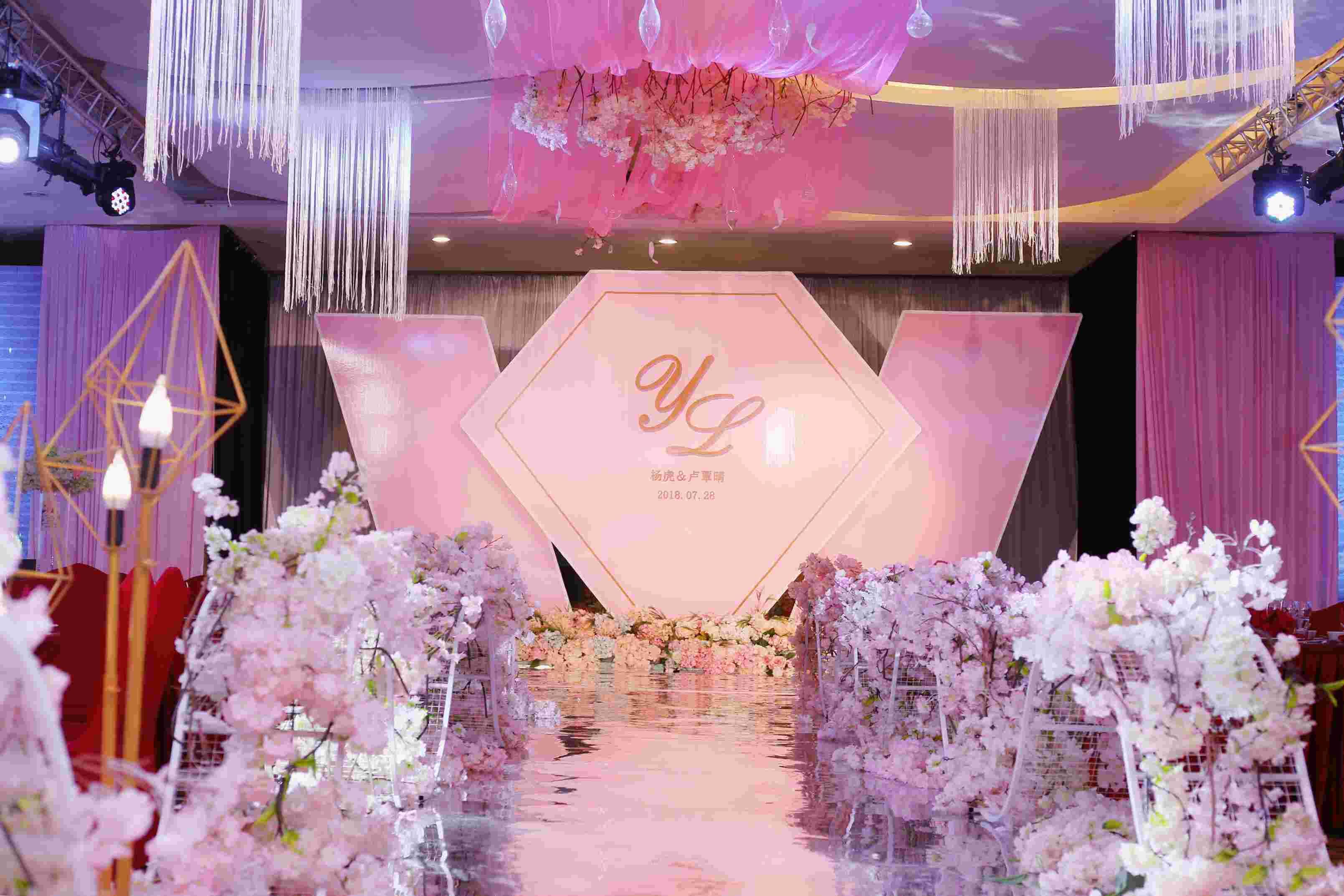 全桂林婚宴设计婚礼跟拍婚庆策划