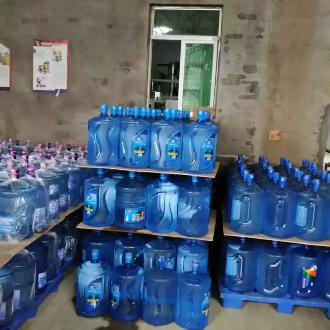 桶装水山泉水矿泉水送水配送