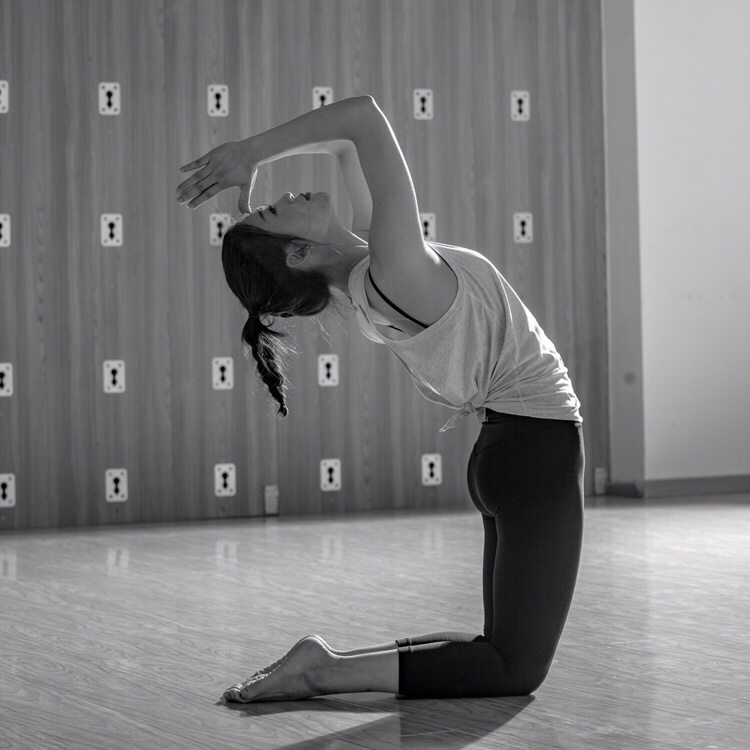 瑜伽产后 理疗 塑形私教