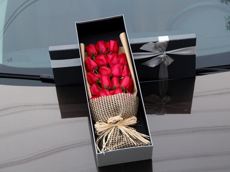 【倾城之恋】19枝红玫瑰礼盒