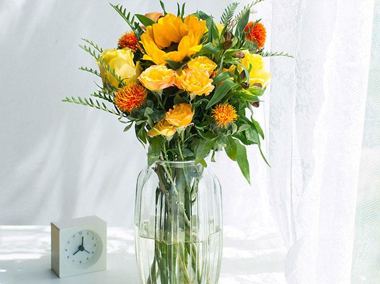 自然Pro包月鲜花超大花量新用户首单送花瓶