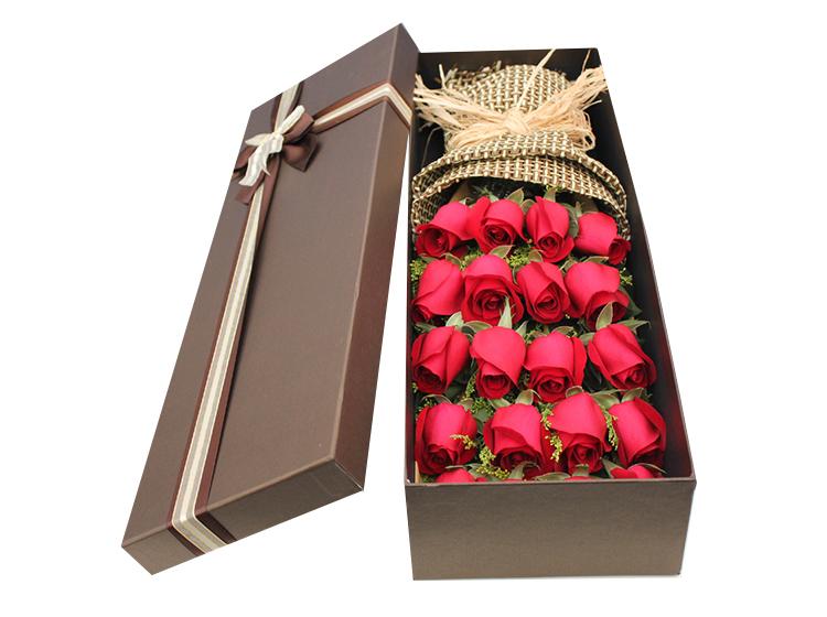 【永久】19枝红玫瑰礼盒