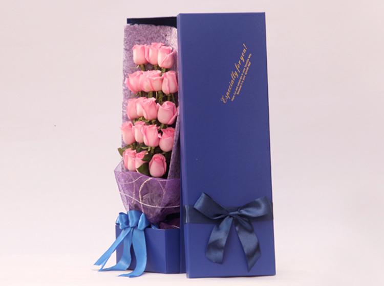 【梦幻气息】19枝戴安娜玫瑰礼盒