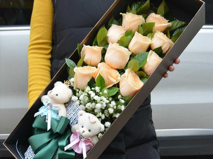 【爱.如诗】11枝香槟玫瑰礼盒