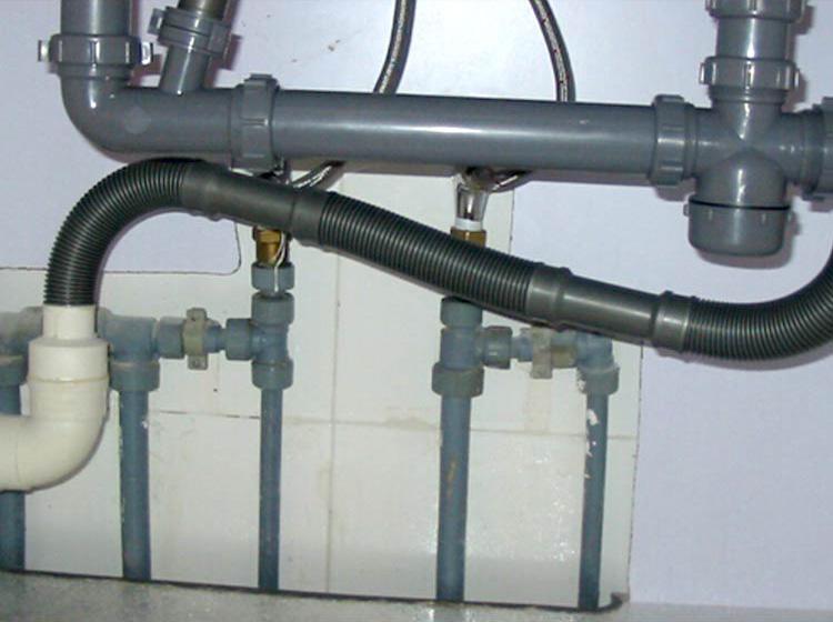 水路管件维修